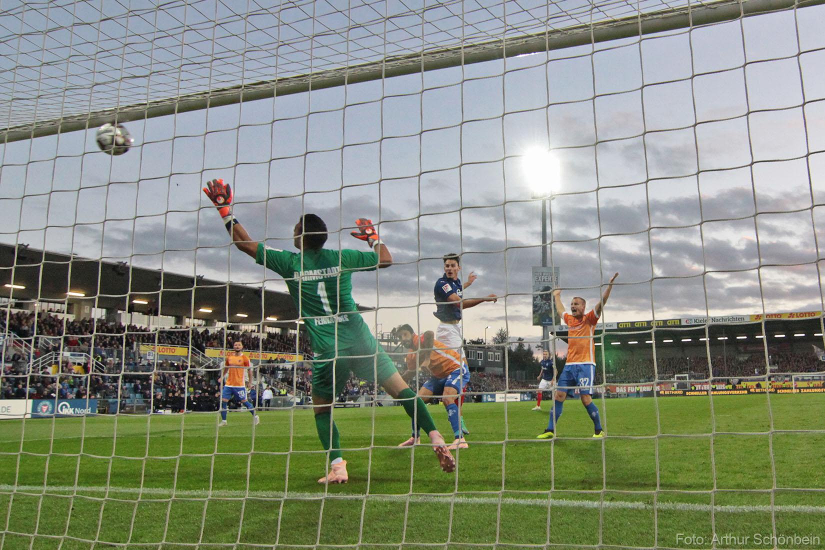 Holstein Kiel – SV Darmstadt 98 4:2 (3:2)