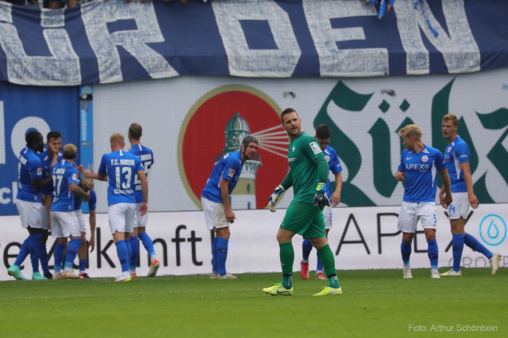 Unsere Bilder vom Spiel bei Hansa Rostock